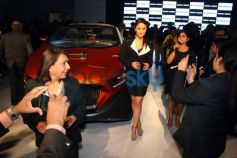 Kareena Kapoor Khan at the unveiling of Tia at Auto Expo 2014