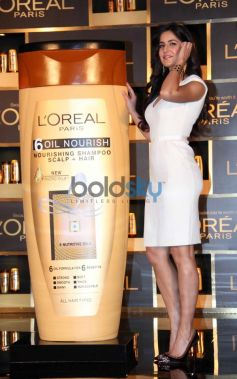 Katrina Kaif launches new hair care range 6 Oil Nourish