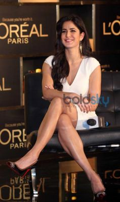Katrina Kaif stuns during new hair care range 6 Oil Nourish launch