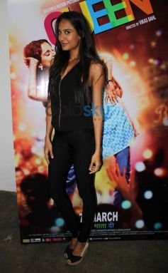 Lisa Haydon snapped at Mehboob Studio
