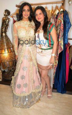 Mahi Gill with Amy Billimoria at store