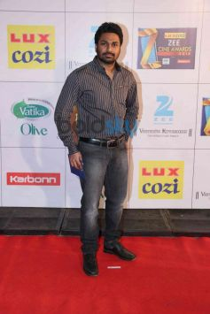 Mithoon snapped at Zee Cine Awards 2014