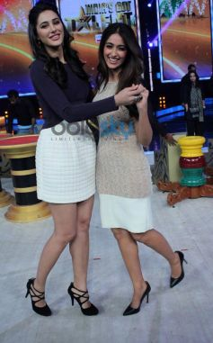 Nargis Fakhri and Ileana D'cruz at India's Got Talent show