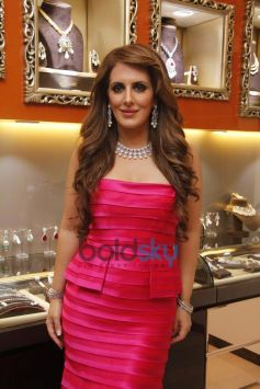 Pria Kataria at Launch of Cappuccino Jewellery Store