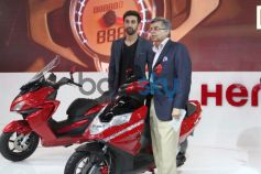 Ranbir Kapoor with Pawan Munjal during Auto Expo 2014