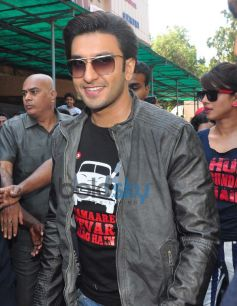 Ranveer Singh at Gaiety Galaxy theatre for Gunday promotion