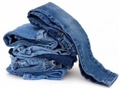 Salt To Clean Jeans
