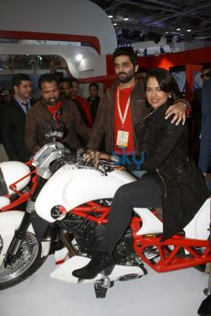Sameera Reddy unveils the superbikeVardenchi at Auto Expo 2014