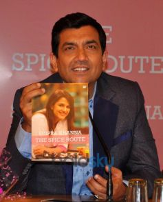 Sanjeev Kapoor during Shipra Khanna's Book launch