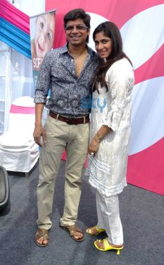 Shaan with wife at Surya Child Care's Hospital Inauguration