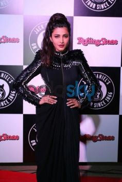 Shruti Hassan stuns at Jack Daniel's Annual Rock Awards