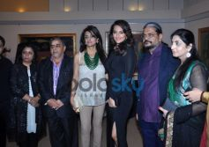 Sonakshi Sinha with Guest during Painting Exhibition of Neeraj Goswami