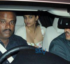 Sonam Kapoor snapped at hakkason