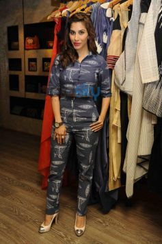 Sophie Choudry at Aparna Badlani & Azmina Rahimtoola Summer Preview