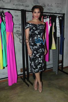 Sophie Chowdhary at Harsh Gupta's summer collection showcase