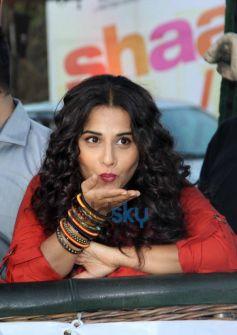 Vidya Balan stuns during SKSE Promotion