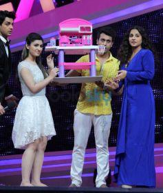 Vidya Balan at Nach Baliye 6 for Shaadi Ke Side Effects  promotion