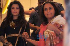 Aishwarya Rai stuns Kalyan Jewellers inaugration