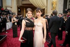 Anna Kendrick stuns on red carpet at Oscars 2014