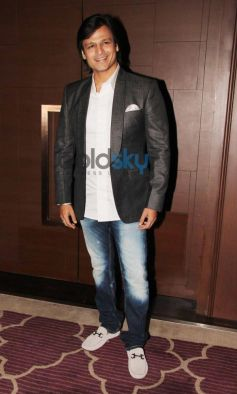 Vivek Oberoi at Absolut Elyx Party Hosted By Sanjay Gupta