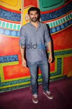 Aditya Roy Kapoor during Anupam's Kher's 200th stage performance