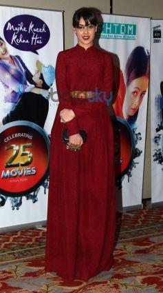 Genelia Deshmukh stuns during Vasu Bhagnani Pooja films Party