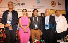 Kajol with Guest during FICCI Frames 2014
