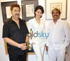 Kumar Sanu at JS art gallery's new studio launch