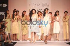 LFW resort 2014 Nishika lulla show