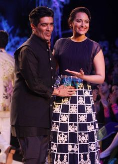 Manish Malhotra with Sonakshi Sinha during Lakme Fashion Week Summer Resort 2014