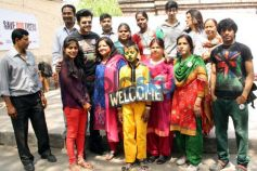 Manish Paul at the Aircel's Save Our Tigers art competition