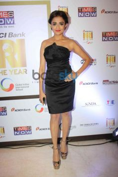 Monali Thakur at NRI of the year Awards Ceremony