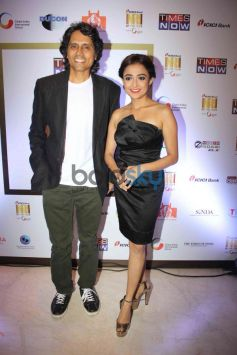 Nagesh Kuknoor and Monali Thakur at NRI of the year Awards Ceremony