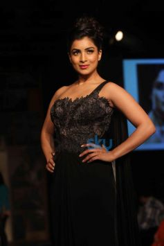 Pallavi Sharda during LFW 2014