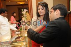 Pankaj Gupta with Pragati Mehra at the Contemporary Indian Jewellery Showcase