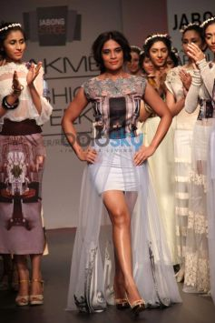 Richa Chadda walks for LFW 2014 Sounia Gohil show