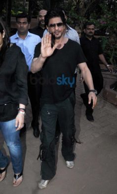 Shah Rukh Khan during Youtube FanFest 2014
