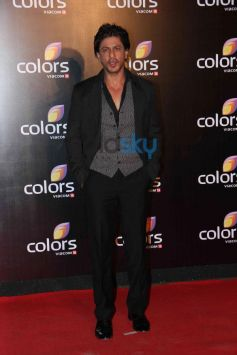 Shahrukh Khan at star studded colors party
