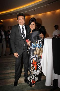 Shekhar Suman with Divya Datta at NRI of the year Awards Ceremony