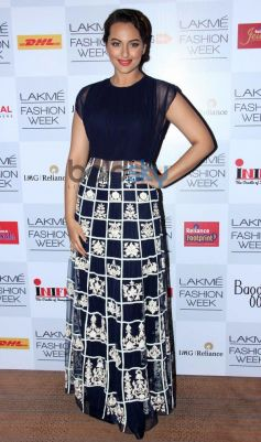 Sonakshi Sinha at Lakme Fashion Week Summer Resort 2014