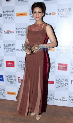 Sonali Bendre at Lakme Fashion Week Summer Resort 2014