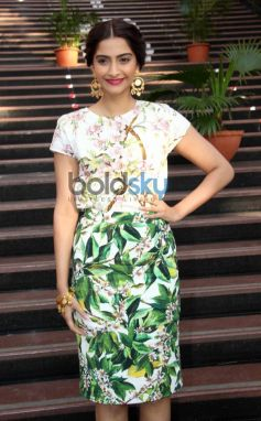 Sonam Kapoor during  Bewakoofiyaan promotion