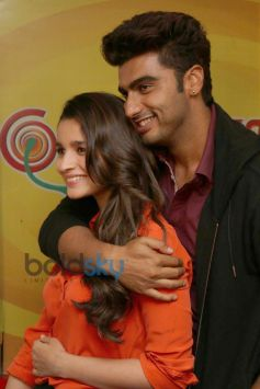 Arjun Kapoor and Alia Bhatt at Radio Mirchi