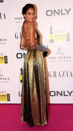 Lisa Haydon stuns at Grazia Young Fashion Awards 2014
