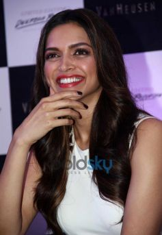 Deepika Padukone launches Van Heusen Spring Summer 2014 collection