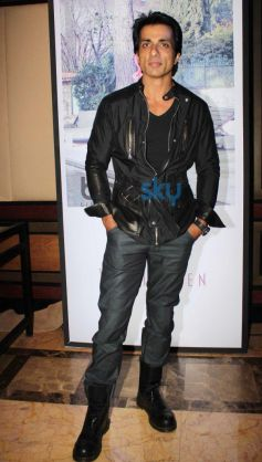 Sonu Sood at launches Van Heusen Spring Summer 2014 collection