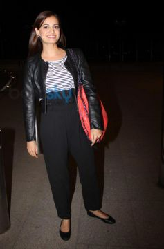 Dia Mirza Leave for IIFA 2014