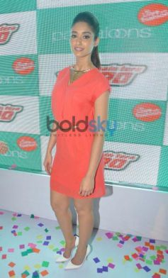 Ileana DCruz during Main Tera Hero Promotion