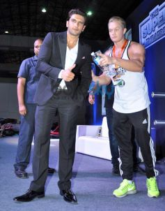 Ranveer Singh at fitness exhibition