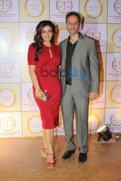 Raveena Tondon with husband during Satyug Gold party